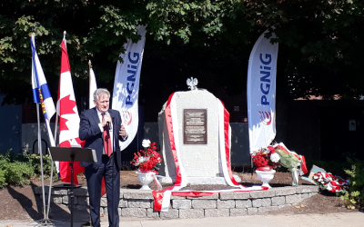 Uroczyste odsłonięcie Monumentu upamiętniającego emigracje z ziem polskich do Kanady